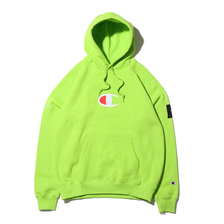 Champion × ATMOS LAB P/O HOODED SWEATSHIRT LIME C8-Q126-620画像