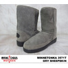 MINNETONKA SHORT PUG BOOT #3571T GRY SHEEPSKIN画像